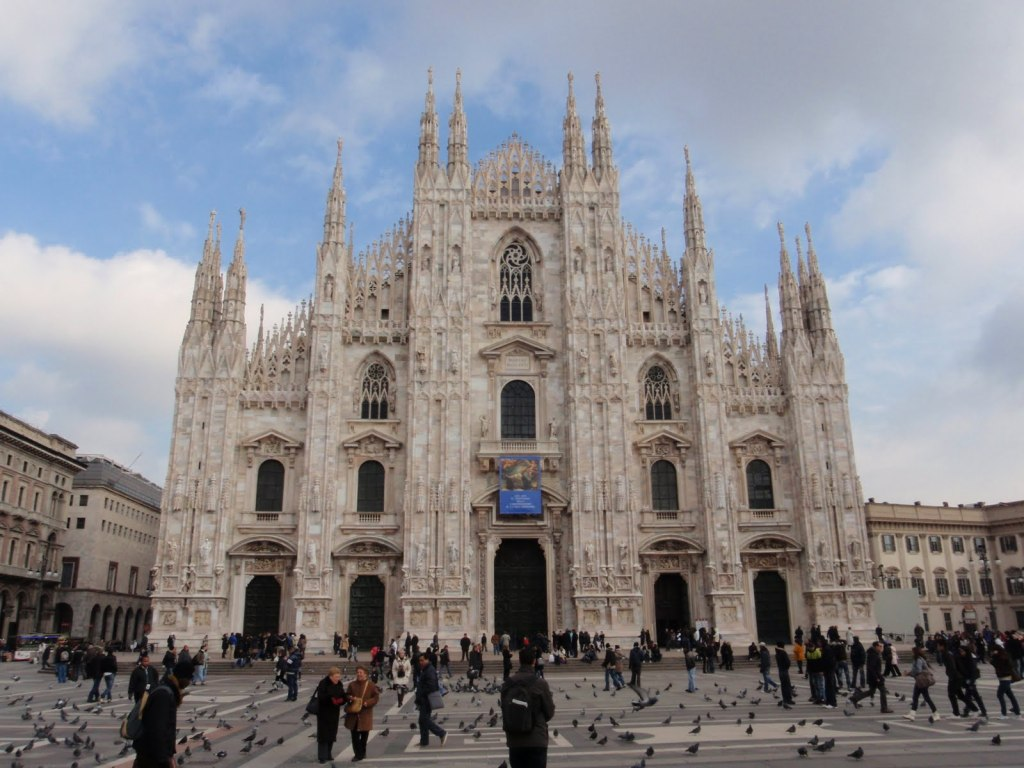 full picture milan italy