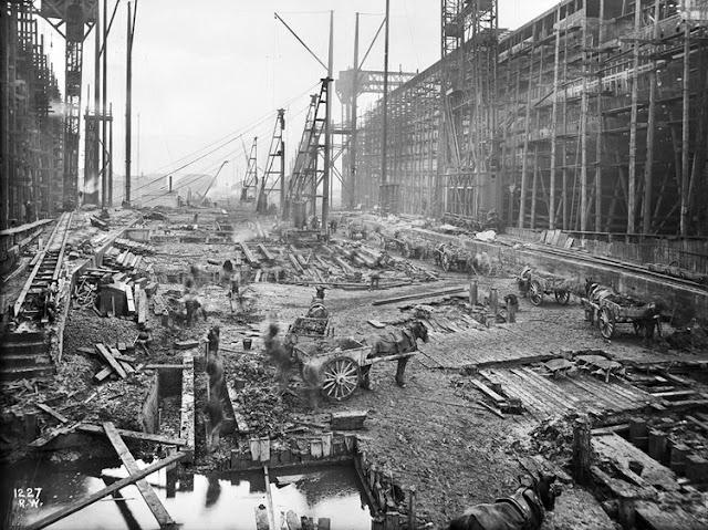 Grandes estructuras históricas en construcción Fotograf%25C3%25ADas+de+la+construcci%25C3%25B3n+del+Titanic+02