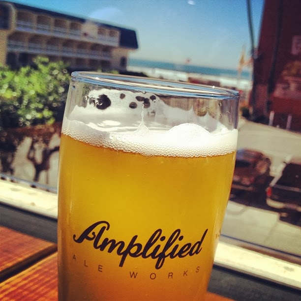 Pacific Beach Ale House: SanDiegoVille: Amplified Ale Works Celebrates One Year On