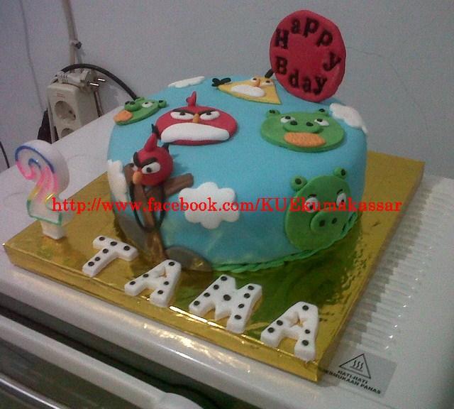 Birthday cake tema Angry birds quilting