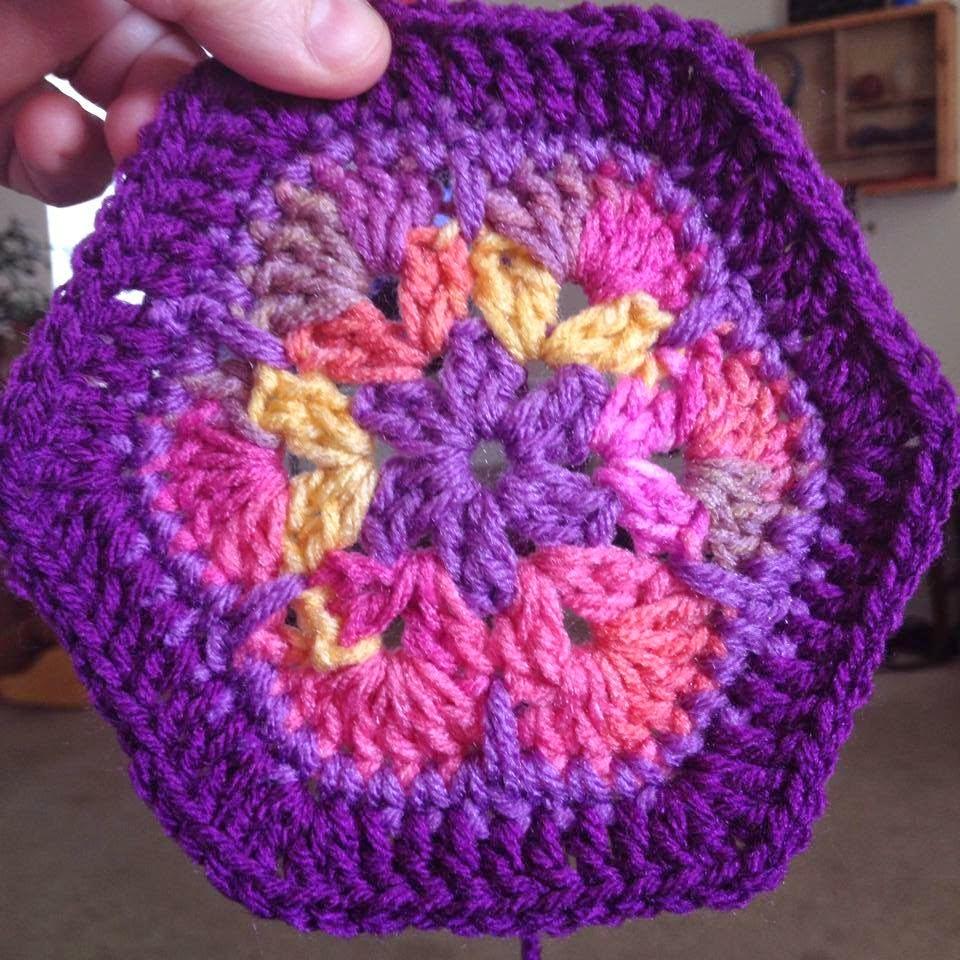 Easy African Flower Crochet Pattern : Bizzy Crochet: African Flower Afghan
