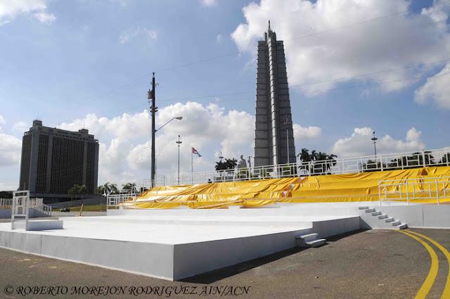 Área del coro y la orquesta en la Plaza de la Revolución, en La Habana, Cuba, durante los preparativos para la visita del Papa Francisco, el 24 de agosto de 2015