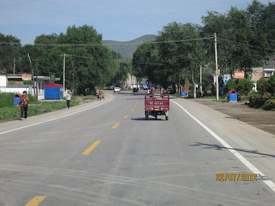 On roule dans les villages