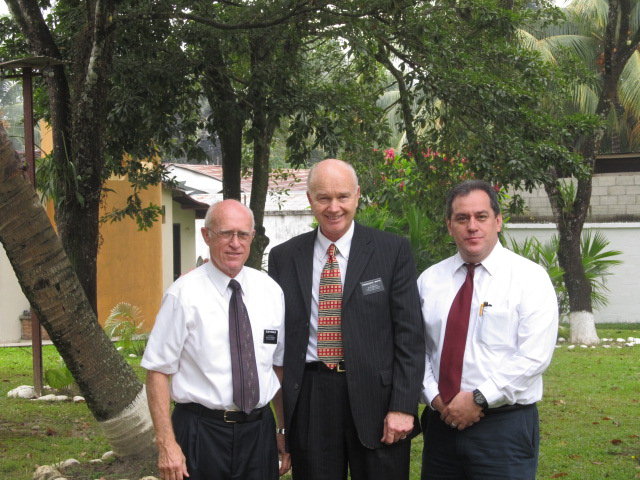 Elder Spradlin w Mission Presidency