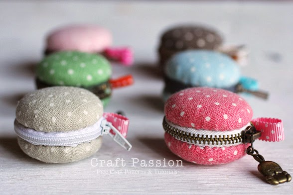 http://www.craftpassion.com/2012/01/macaron-coin-purse.html/2