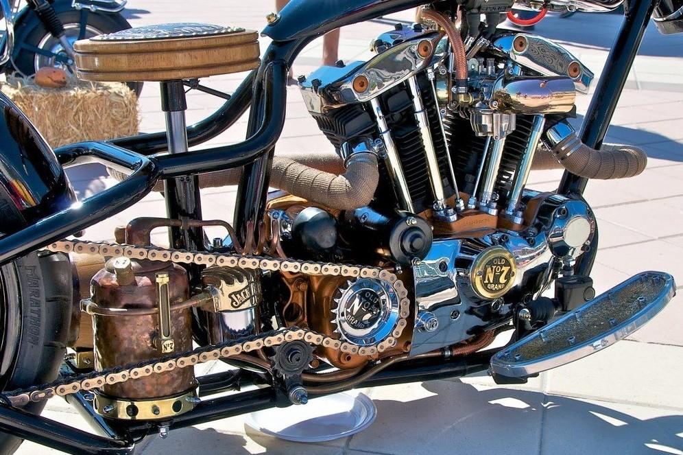 Moto custom custom harley jack daniel s