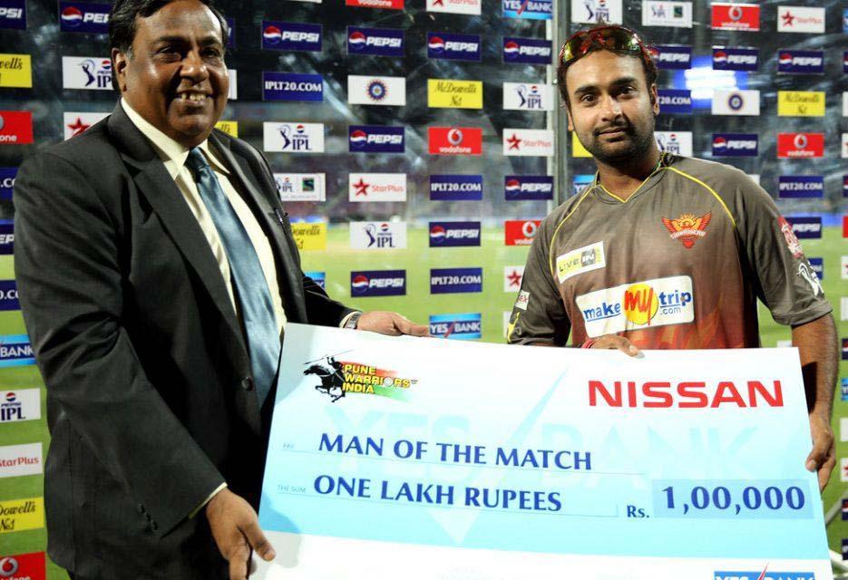 Amit-Mishra-man-of-the-match-PWI-vs-SRH-IPL-2013