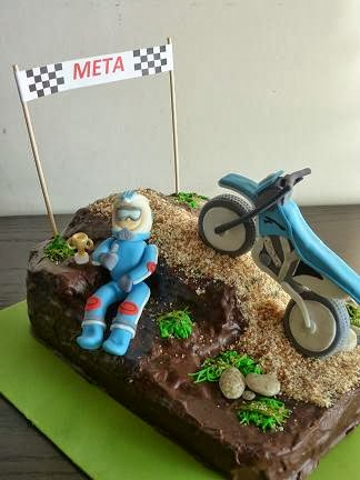 tarta motocross