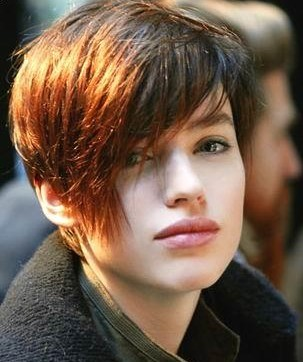 http://1.bp.blogspot.com/-dRI6AHpORFE/TWZnnmBvr7I/AAAAAAAAARs/01atoC-lgZ8/s1600/Women-and-Girls-Short-Hairstyles-2011.jpg