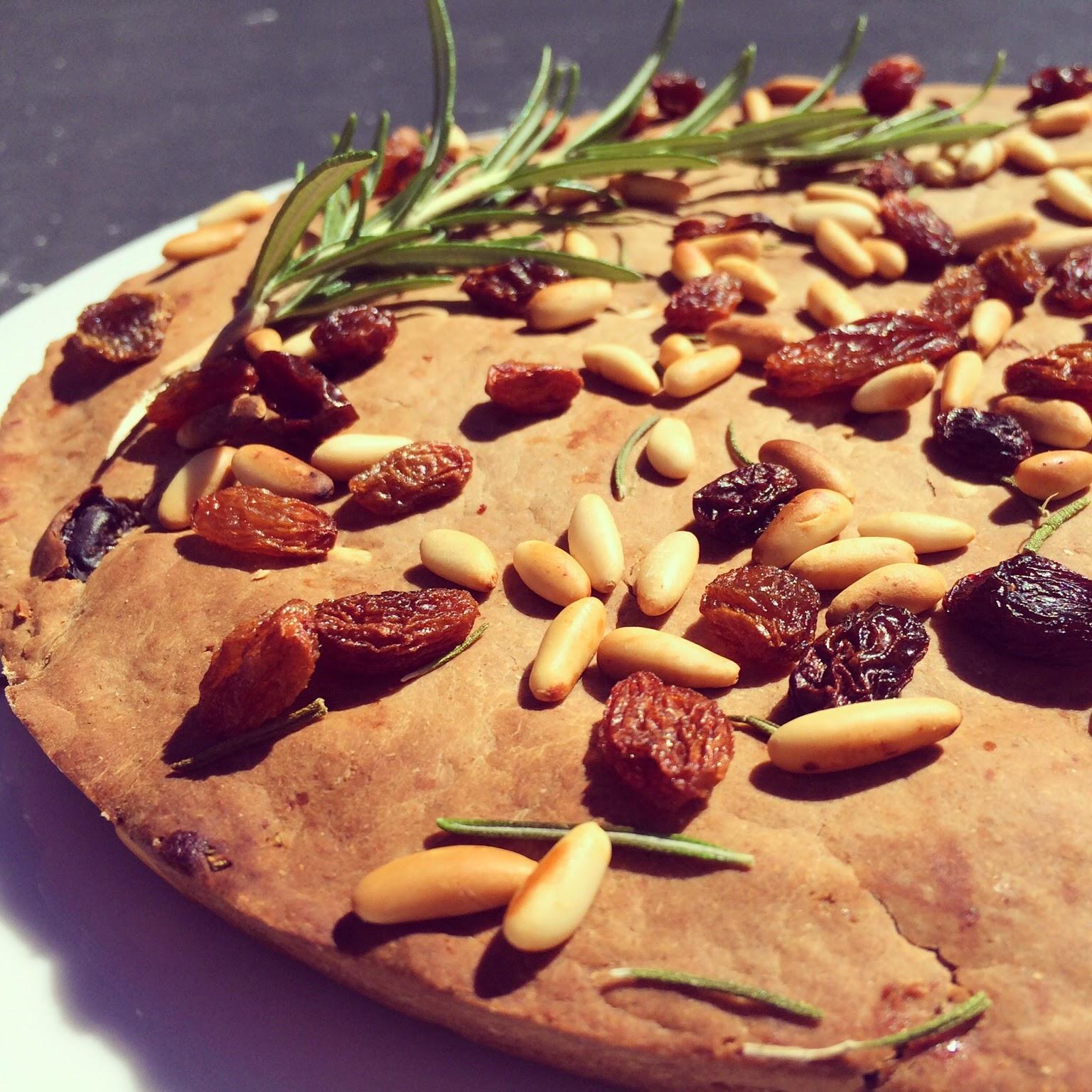 pain de châtaignes pignons raisins secs