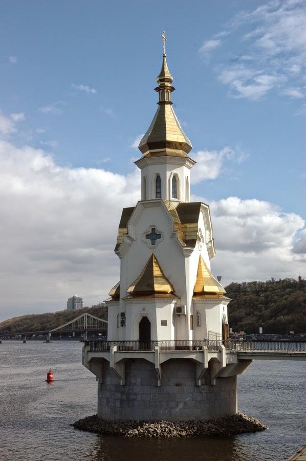 церковь Николая Чудотворца на воде