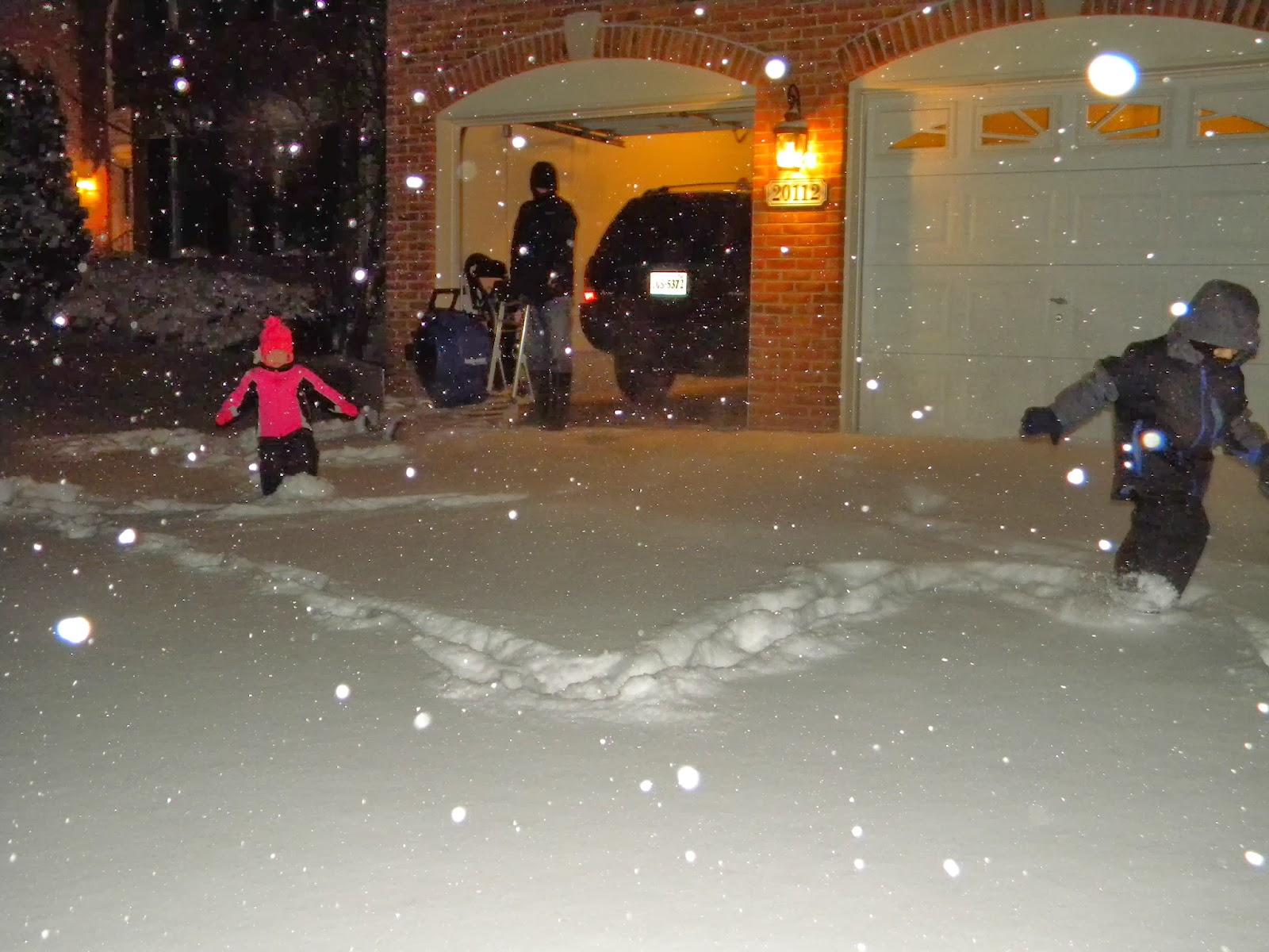 Waiting To Shovel Snow Until It Stops >> This Crazy Little Life Of Ours Nighttime Shovel Session