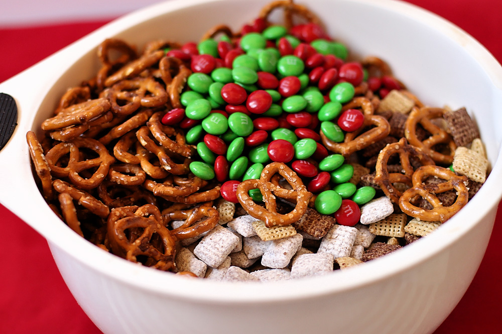Christmas trail mix recipes for gifts