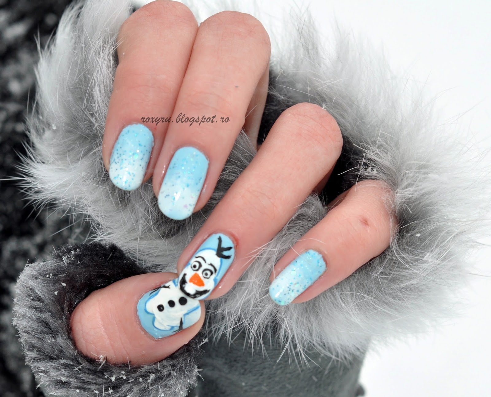 The Girl With a Butterfly Tatto: Olaf Nails
