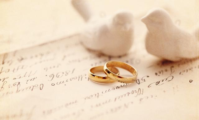 Haramkah Pemakaian Cincin Emas Kaum Laki-laki