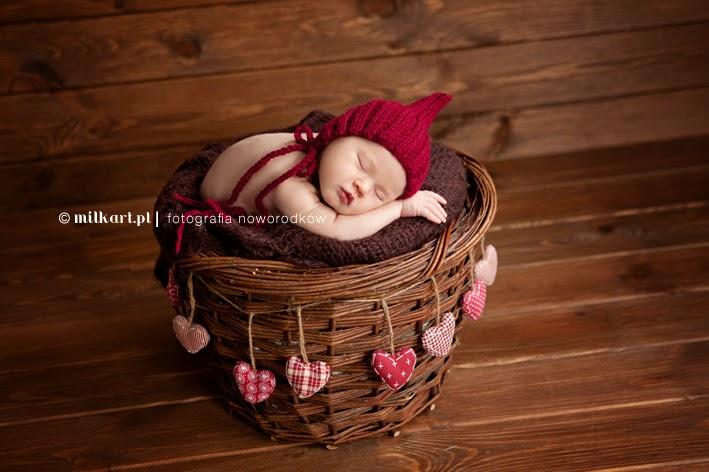 rekwizyty do sesji fotograficznych, czapeczki wełniane czapki na drutach, noworodek, akcesoria dla fotografów dziecięcych, robótki ręczne, na szydełku, czapki dla dzieci, niemowlak, ręcznie robione, sesja noworodkowa, fotografia niemowlęca, fotograf dziecięcy