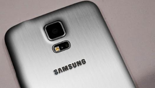 Metal Kapaklı Samsung Yakında