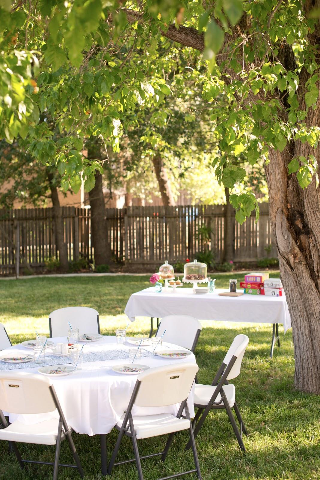More Backyard Dining + Avocado Ranch Burgers Recipe