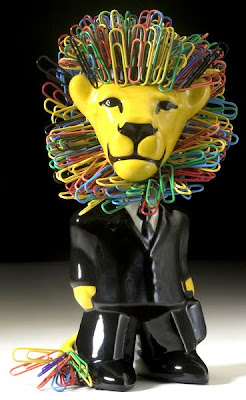 bobble head paper clip holder - lion