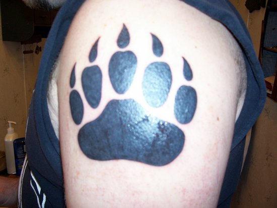 tatto bear paw tattoos. Black Bedroom Furniture Sets. Home Design Ideas