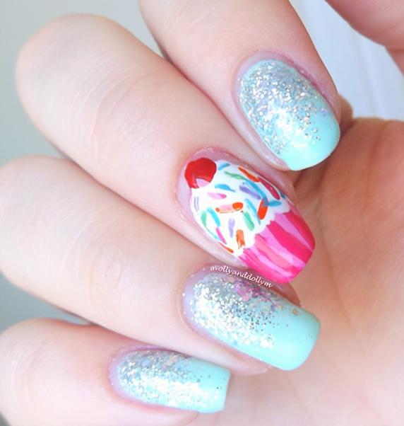 Cupcake Glitter Gradient Nail Art Molly Dolly M