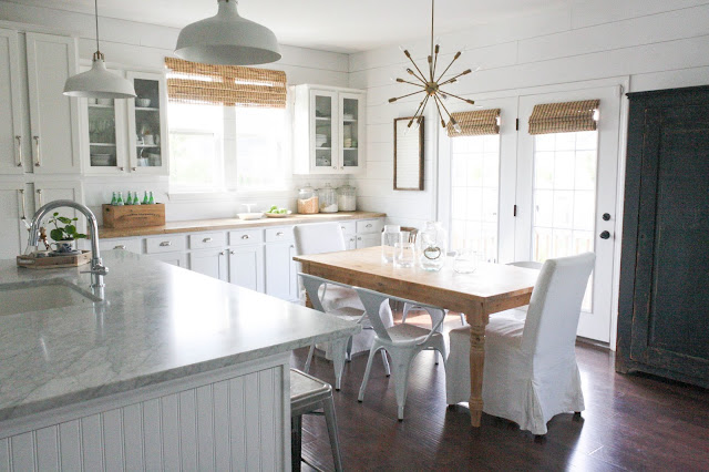 Modern Farmhouse Kitchen 15 amazing white modern farmhouse kitchens - city farmhouse