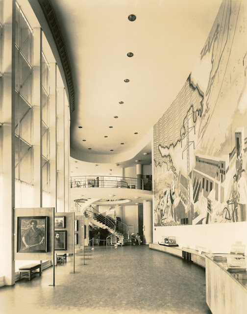 Interior of the Ireland Pavilion at the New York World's Fair 1039, by Michael Scott