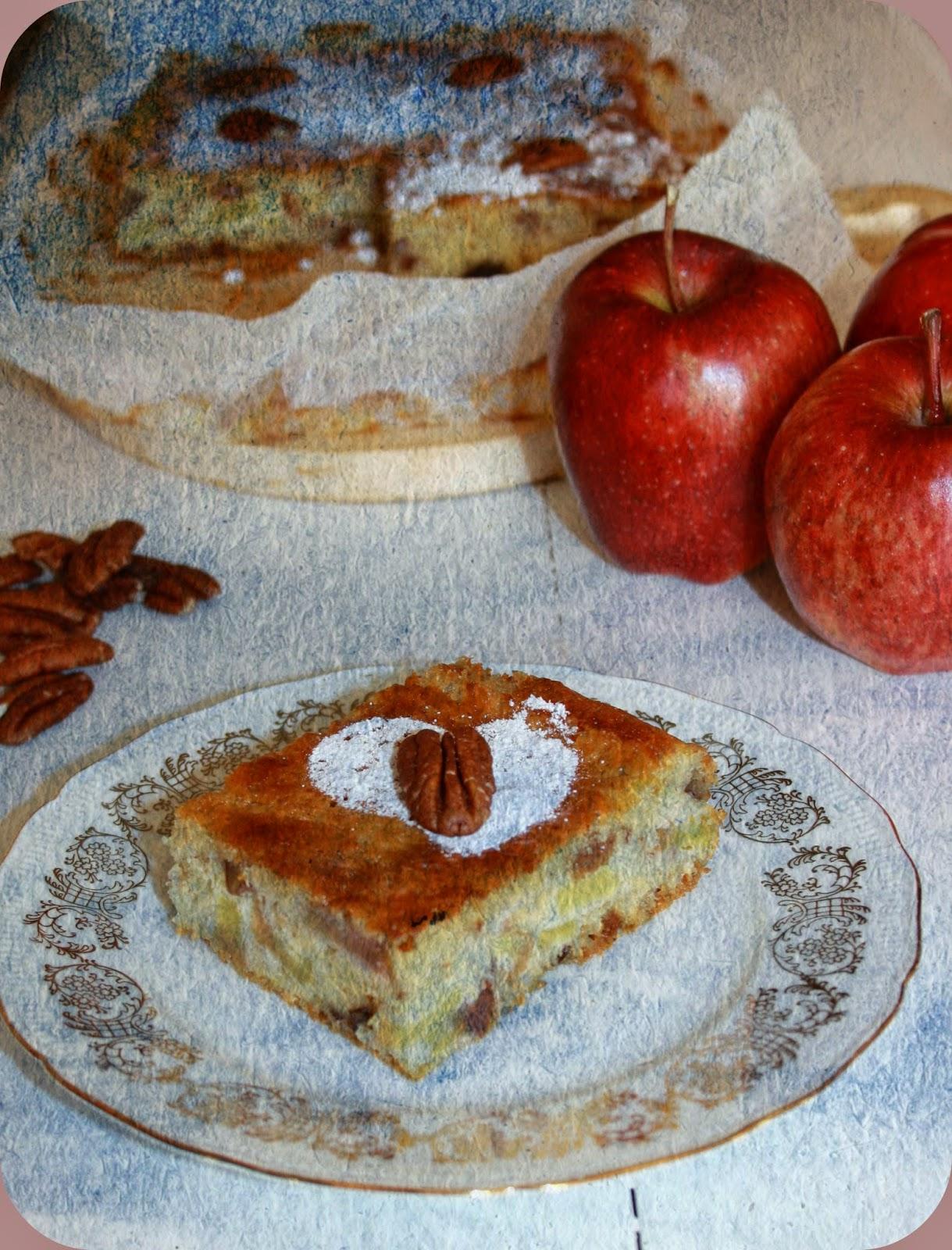 torta di mele senza glutine con noci pecan e uvetta per il recipe-tionist di aprile 2014