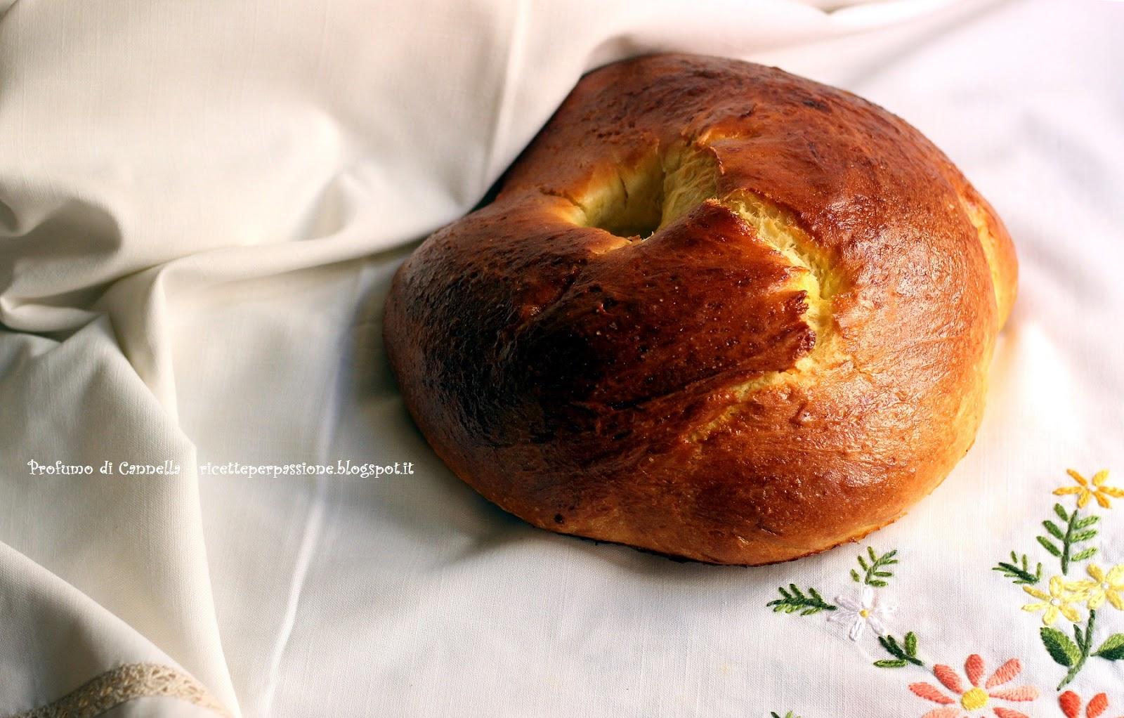 pane semidolce - il puccillato di castelluccio del periodo pasquale