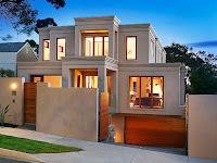 Foto de fachada de casa moderna con garaje o estacionamiento en sótano
