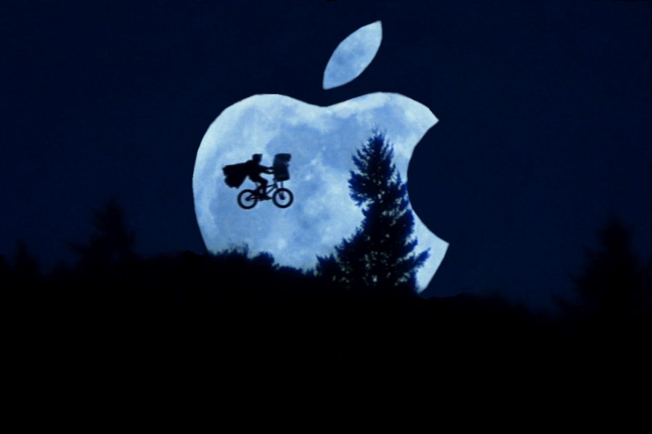 http://1.bp.blogspot.com/-dTRnZ8BJSbo/To3NFgKQWGI/AAAAAAAABEY/tn0btVYdsdg/s1600/free-wallpaper-apple.png