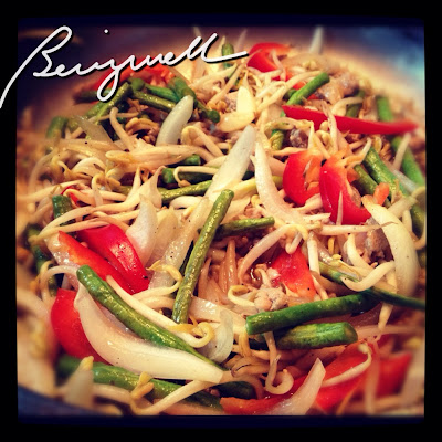 Cooking Bean Sprouts with Beans