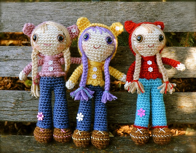 free crochet pattern doll in bear hoodie