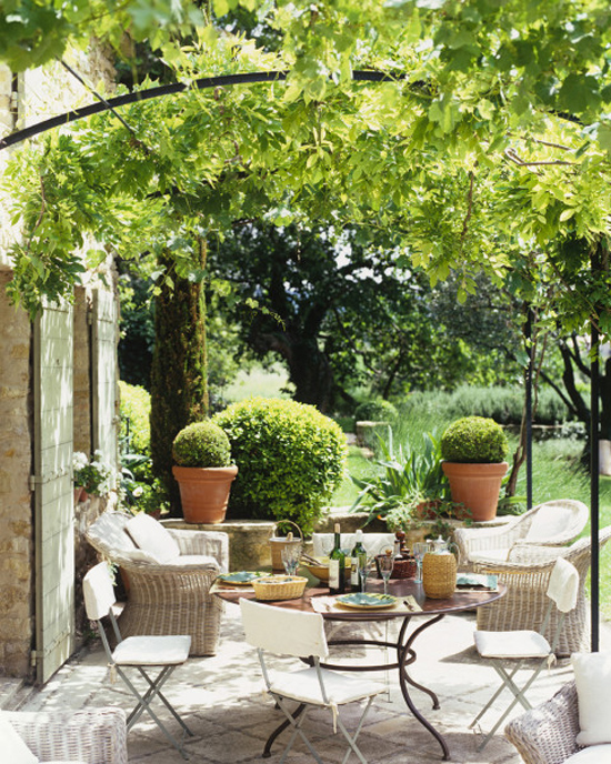 Refreshingly green outdoor spaces © Pieter Estersohn #outdoors