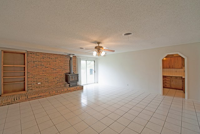 http://www.findtexomahomes.com/homes/251-Kennon-Lane/Pottsboro/TX/75076/44342093/