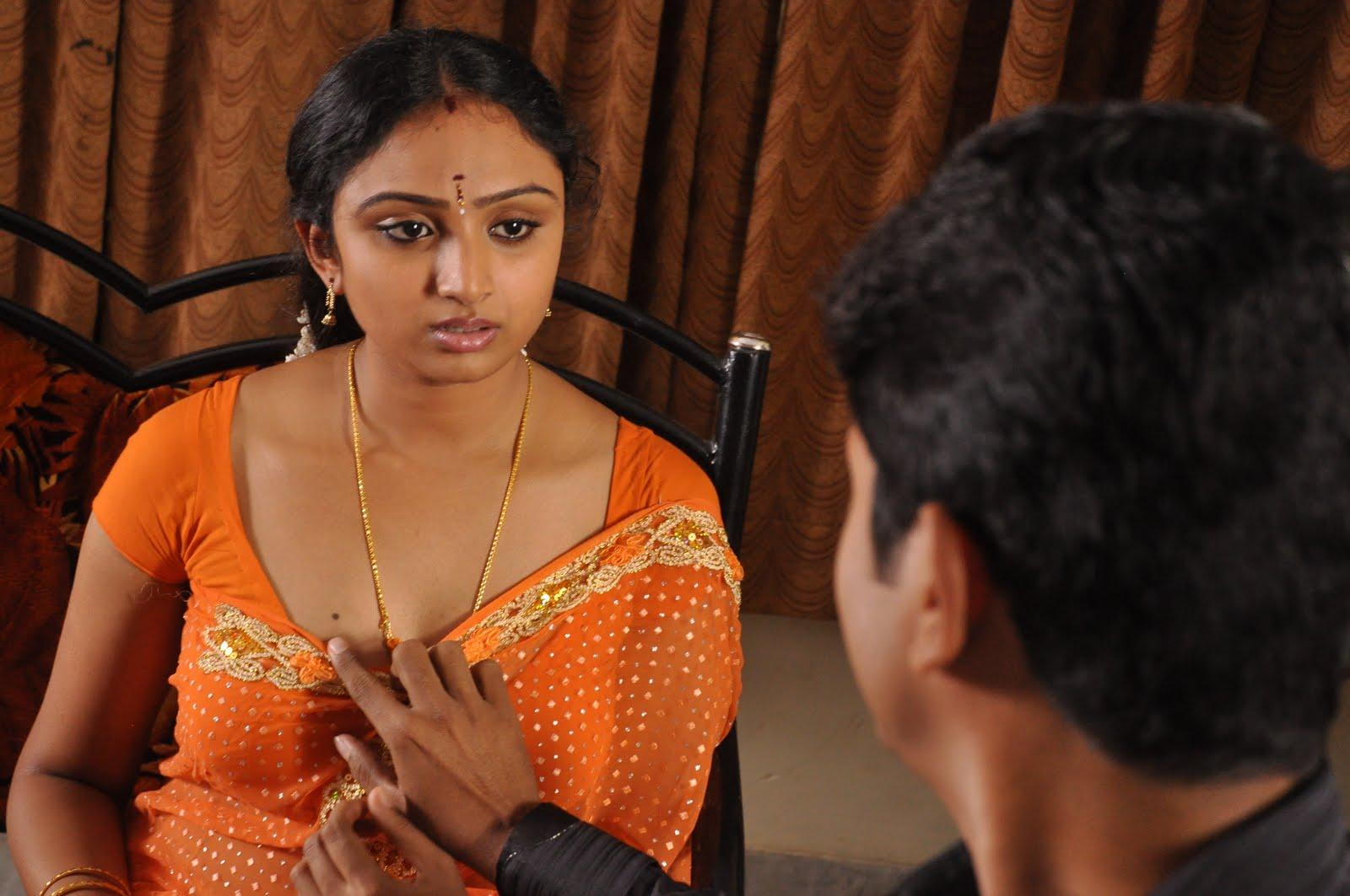 Kanden movie heroine rashmi gautham cute pics
