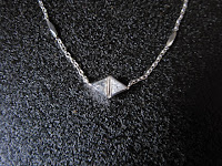 昭和ジュエリー 三角ダイヤモンド2石 Pm ネックレス 39㎝