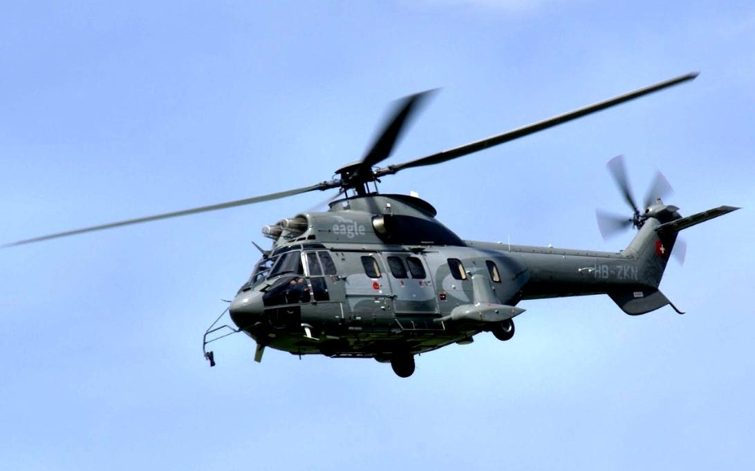 AS332 Super Puma Helicopter Wallpaper 1