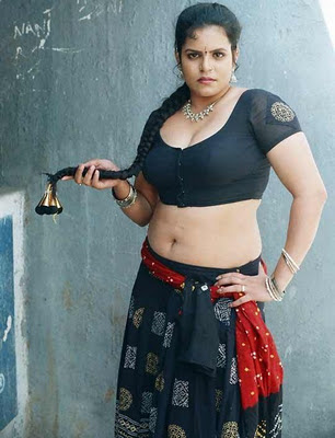 Hot Aunty Photos without saree