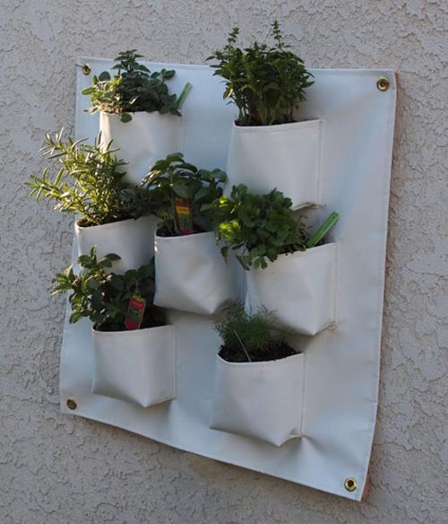 handmade gardens poppytalk. Black Bedroom Furniture Sets. Home Design Ideas