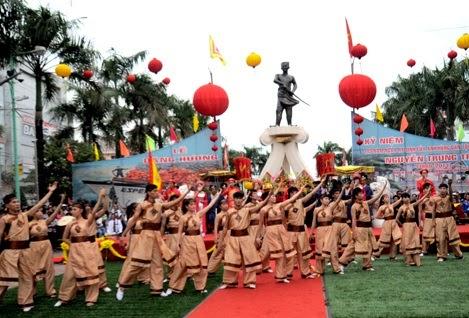 Các lễ hội đặc sắc trong tháng 10 Âm lịch..