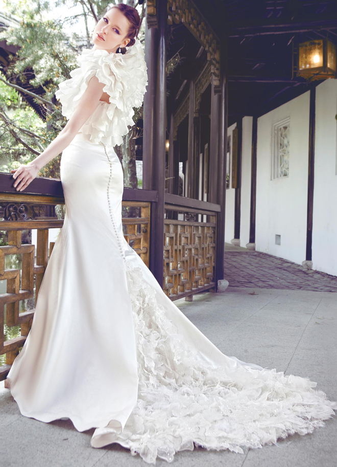 Bridal Gowns Japan : Wedding dress japanese designer