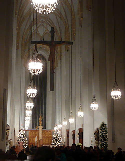 munich's fraunenkirche, christmas eve mass