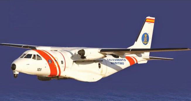 Avión Sasemar sobrevuela barco hundido en Canarias
