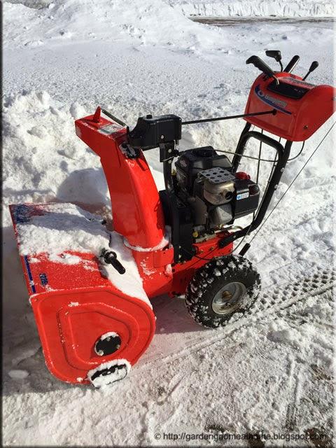 Briggs Stratton Simplicity 1226L snowblower