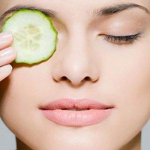 Receita caseira de tônico de pepino para reduzir a oleosidade da pele