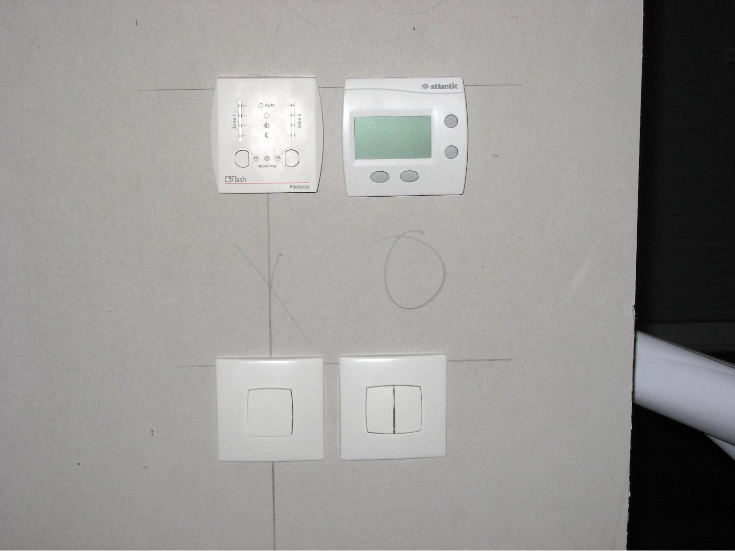 Maison de j r me et laetitia int rieur lectricit for Thermostat interieur
