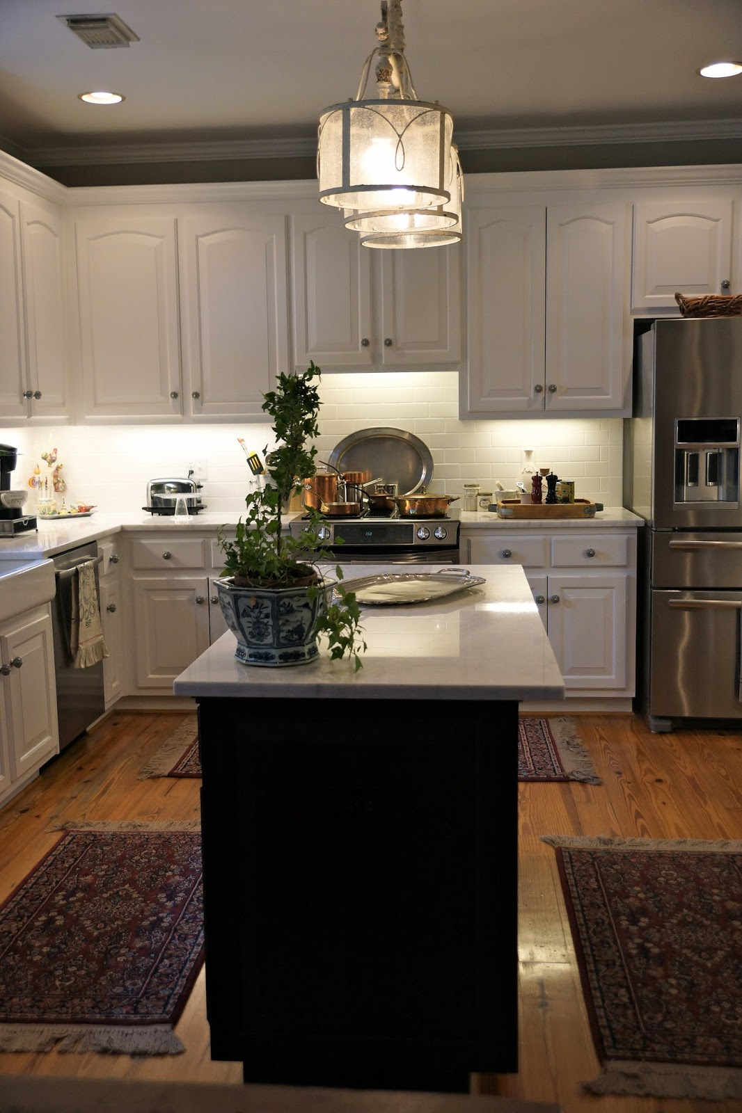 The French Hutch This Old Kitchen And A Facelift. Diy Kitchen Shelving Ideas. Kitchen Lighting Nashville Tn. Kitchen Plan Online. Industrial Kitchen For Rent Miami. Old Kitchen Appliance Brands. Tiny Kitchens. Kitchen Layout For Bakery. Kitchen Tv Shelf