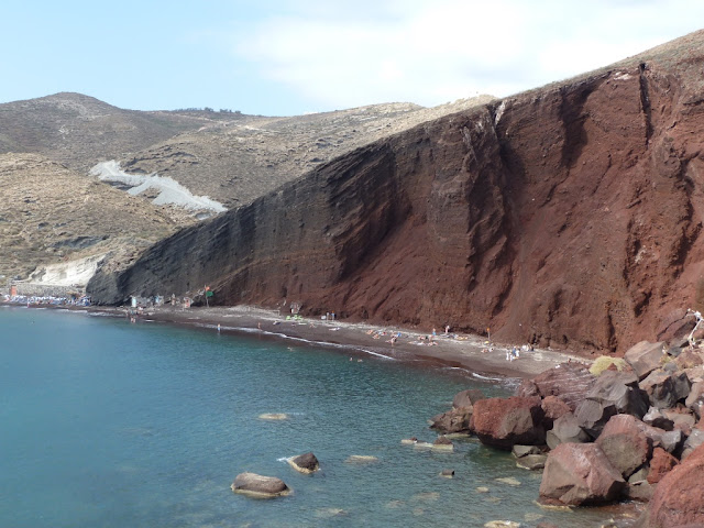 Santorin - la Red Beach