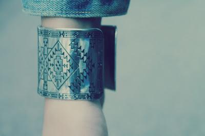 band design bracelet